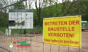 Neubau der H�ngebr�cke in Wolkenburg