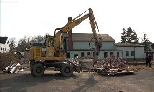 Abbrucharbeiten am Lindenhof in Niederfrohna