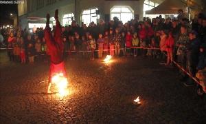 Feuer- und Lichtshow von Raduga