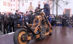 Motorradtreffen auf Schloss Augustusburg