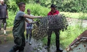 """River clean up"" an der Mulde"
